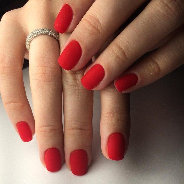 Как лечить нарыв на пальце возле ногтя в домашних условиях?
