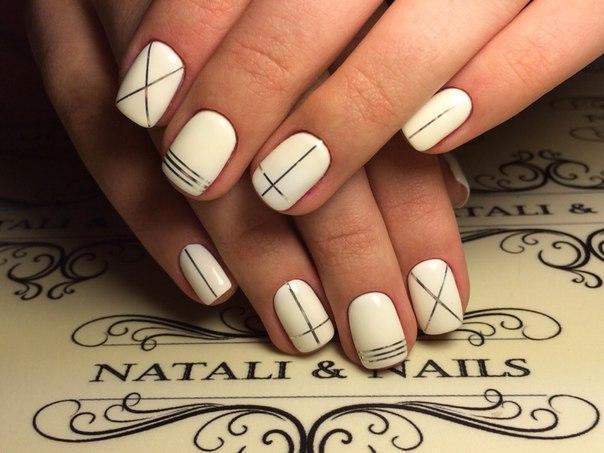 дизайн ногтей лентами фото